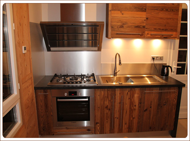 cuisine bois haute savoie. Black Bedroom Furniture Sets. Home Design Ideas