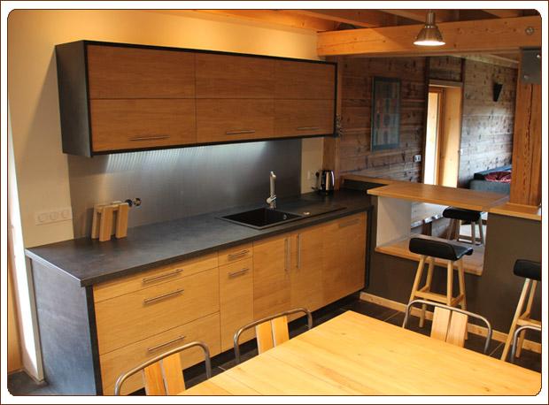 realisations de dressing sur mesure escalier sur mesure cuisine design salle de bain. Black Bedroom Furniture Sets. Home Design Ideas